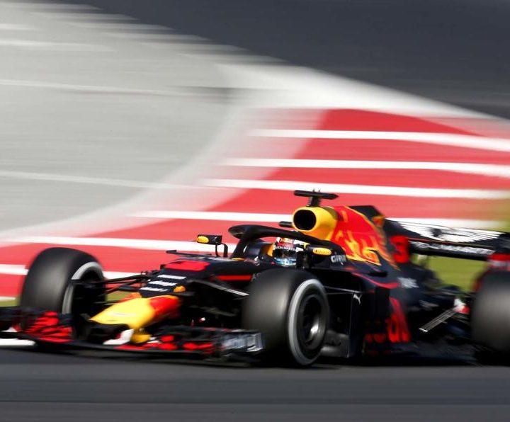 Circuit de Catalunya, Barcelona, Spain. Friday 09 March 2018. Daniel Ricciardo, Red Bull Racing RB14 Tag Heuer.  World Copyright: Joe Portlock/LAT Images ref: Digital Image _L5R0658