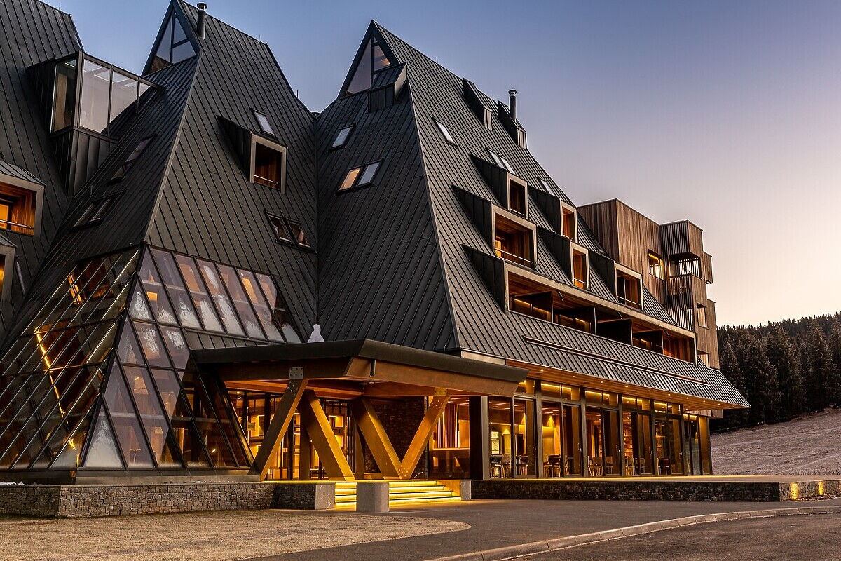 HOTEL MONTI SPA &WELLNESS 4* IGMAN – Autoprevoz – Bus | Putnička agencija | Mostar